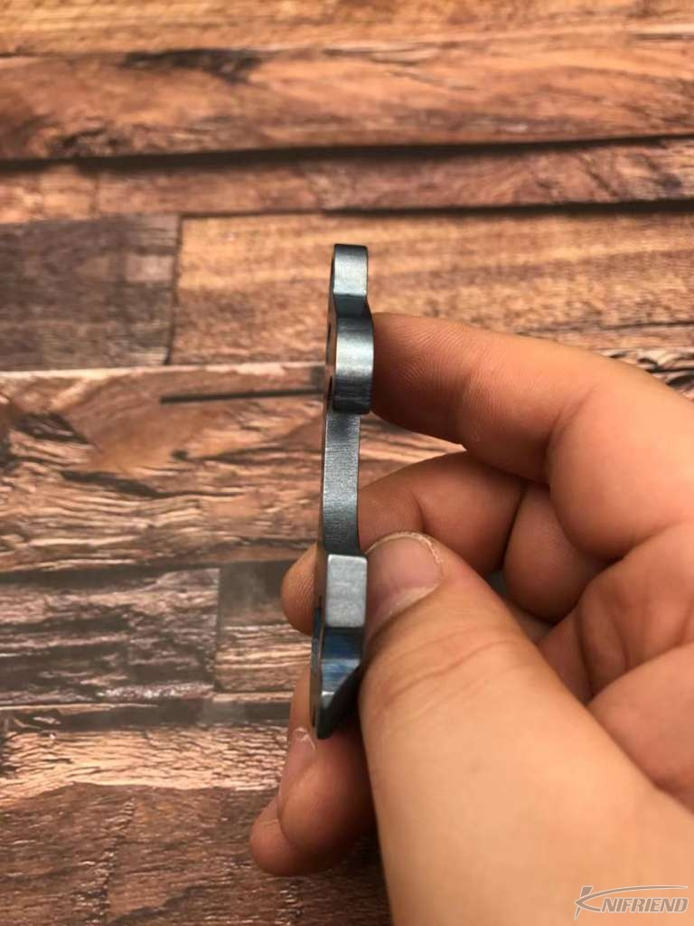 Mummert Knives TTP-3 #1 EDC多功能小工具 花瓣图案阳极氧化处理 (2).jpg
